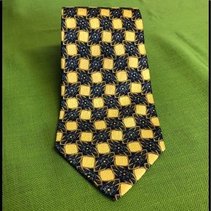 NWOT Navy and yellow/gold Tie